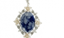 Deal Current RM-$14 for MOTHER AND CHILD CAMEO NECKLACE