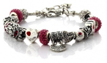 Deal Current RM-$15 for MOTHER DAUGHTER LOVE CHARMS BRACELET