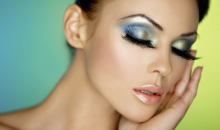 The Lash Girl-Captivate your Peers with Luscious  Lash Extensions and Eyebrow Threading